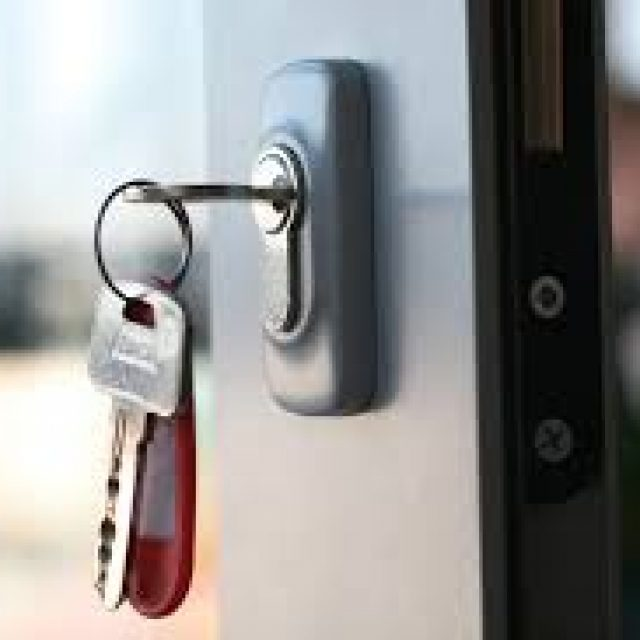 A practical way to keep a house key unthinkable